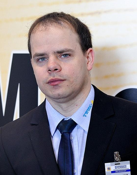 Олег Недвецкий