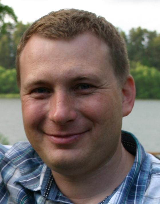 Анатолий Титов